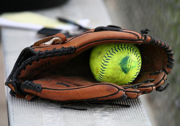 softball glove 1