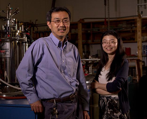 Takashi Imai, Physics, and graduate student, Mingxuan Fu