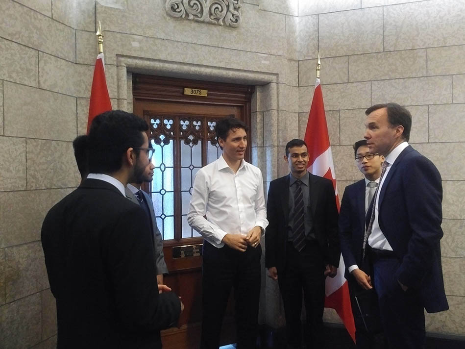 pm with students 1