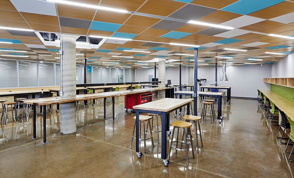The newly launched Thode Makerspace offers students, faculty and staff from all disciplines a space to learn technical skills, develop new technologies and work collaboratively, while sharing ideas, equipment and knowledge.