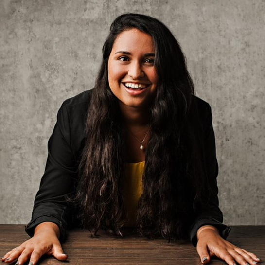 Vanessa Raponi, McMaster almuna, Founder of EngiQueers Canada, Engineer at Spin Master